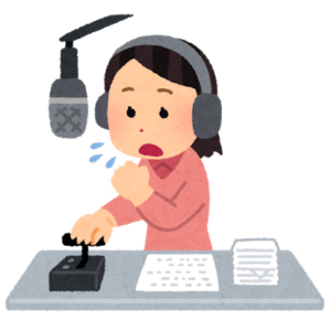 ラジオ配信する女性