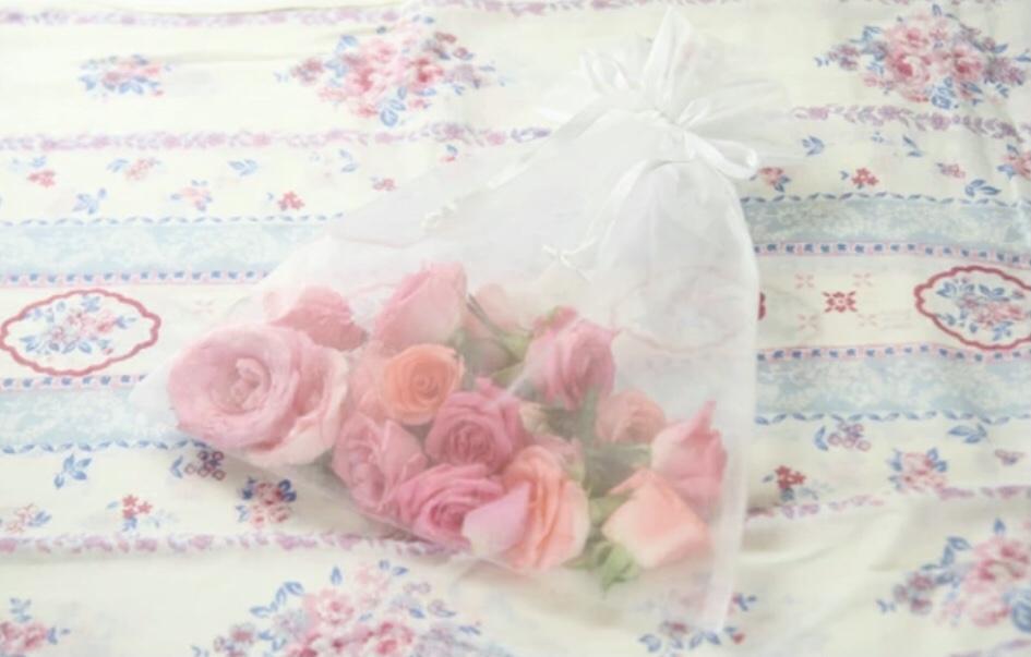 バラ風呂の花びら回収