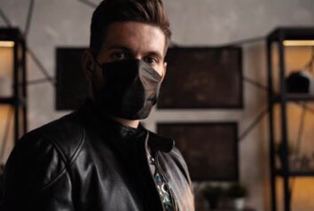 黒いマスクはダサい?